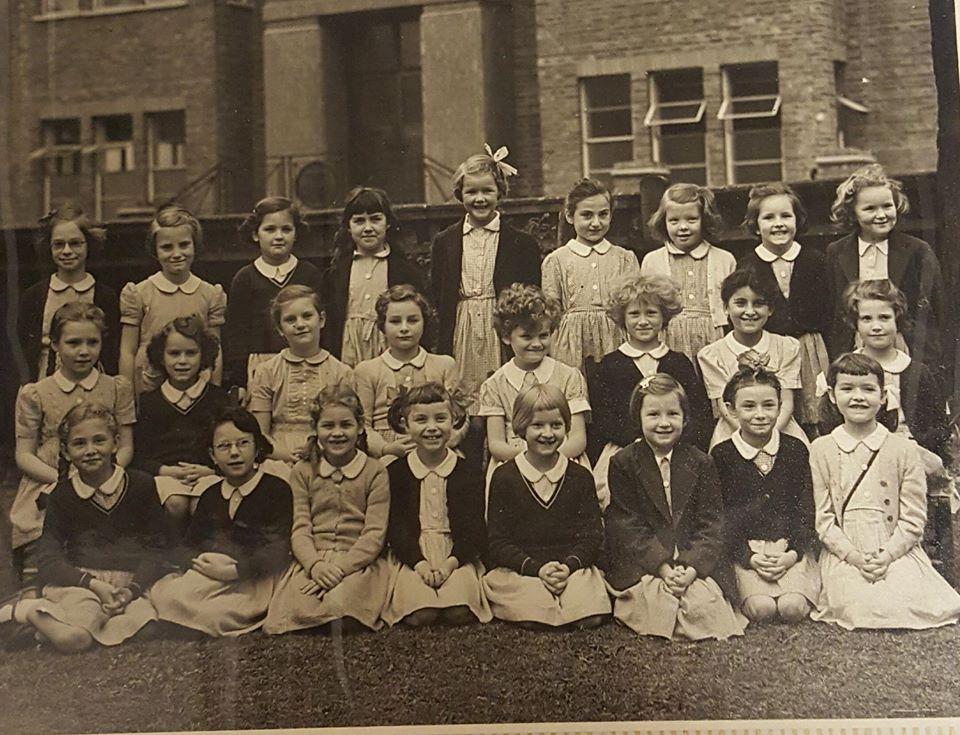 SCHS Class photo 1954