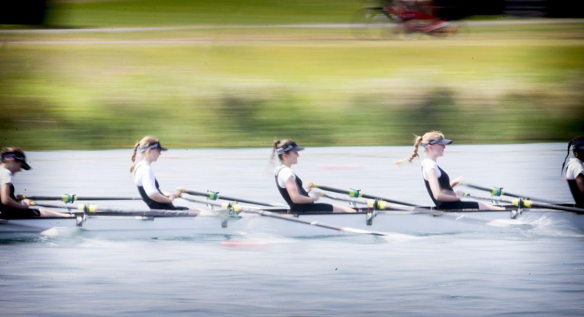 Streatham & Clapham girls rowing team at National Championships