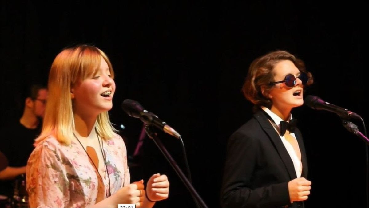 Max and Rowan, L5, sing These Are The Days of Our Lives by Queen